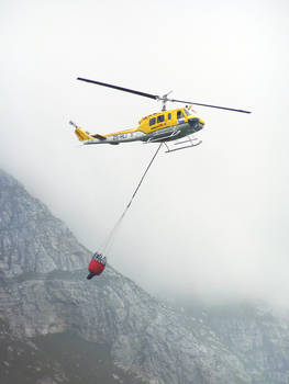 Fire fignting helicopter