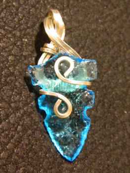 Double notched blue point in silver