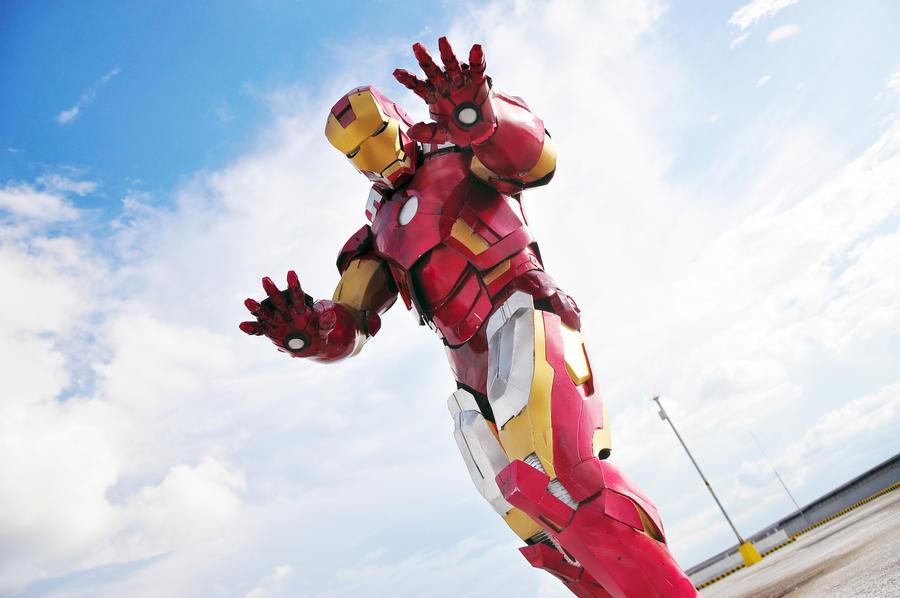 Avengers: Iron Man Mark 7 by KuroSeirei