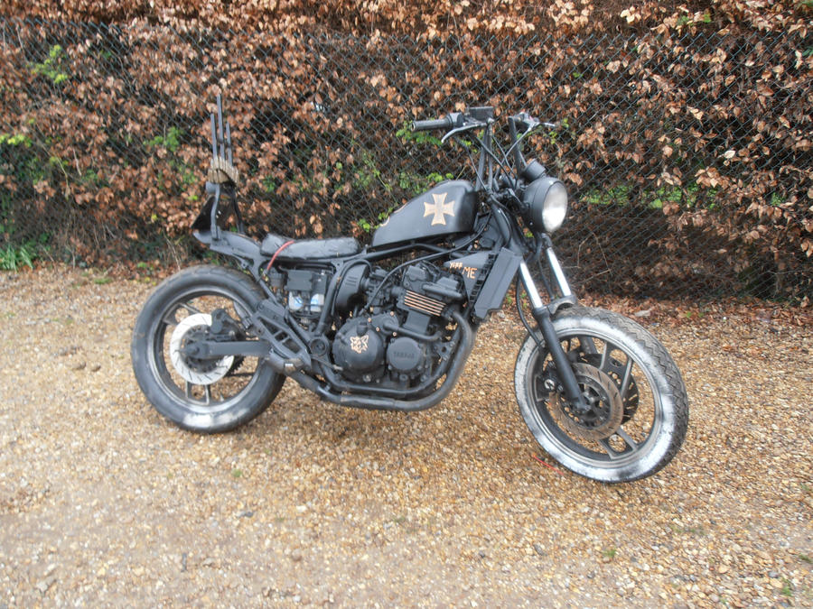 251279504579 also Sis furthermore 452963674995103434 further 45120 furthermore Hi Performance. on yamaha xj400 gallery
