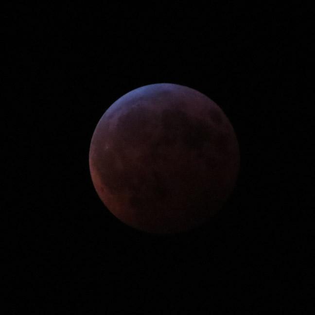 Blood Moon Eclipse by NPlusPlus