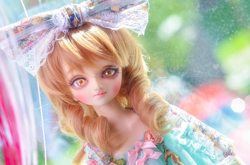 Cupcake flower by LadyAshi