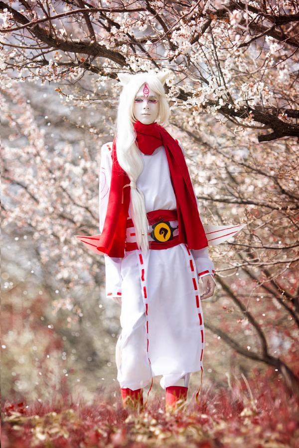 White demon by Wan-Mei