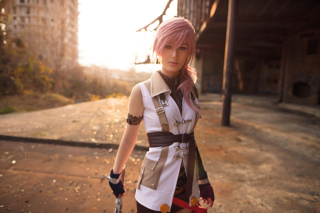 Lovely Lightning by Wan-Mei