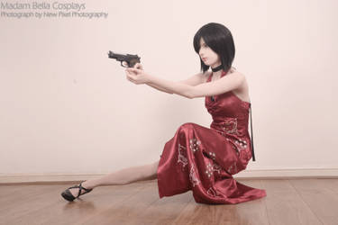 The woman in red - Ada Wong RE4 by MasterCyclonis1