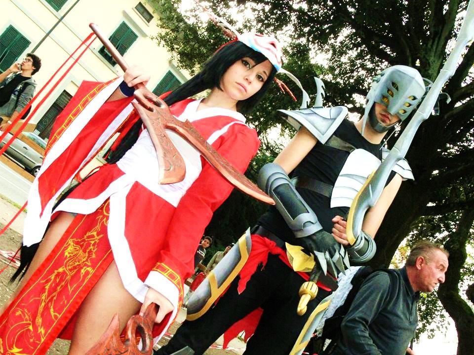 cosplay akali blood moon and master yi headhunter by ...  Bloodmoon