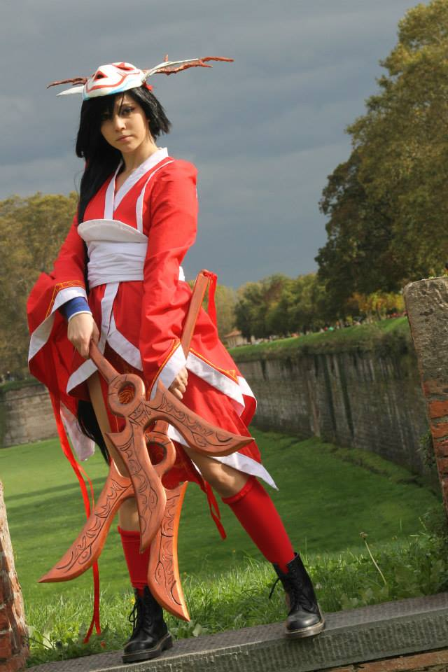 cosplay akali blood moon by revyel on DeviantArt  Bloodmoon