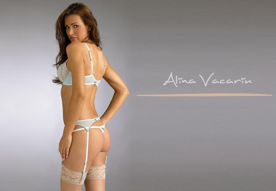 Alina Vacariu by ArtSlash13