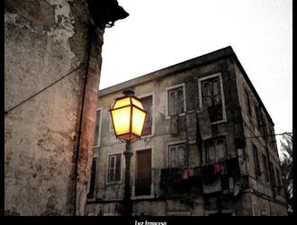 Luz francesa by Njord