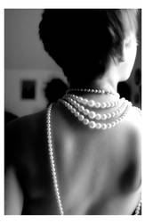 .pearls. by shutterbug13