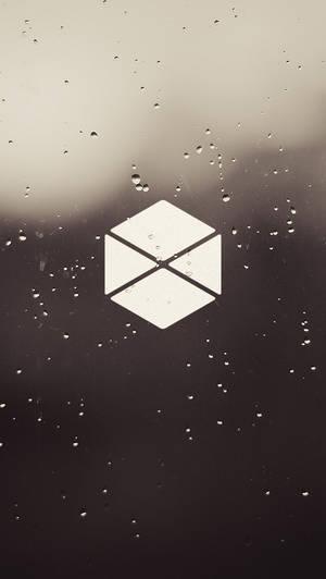Glass Titan