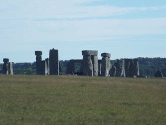 Stone Henge ... Here we are again ^ - ^ by Moka898