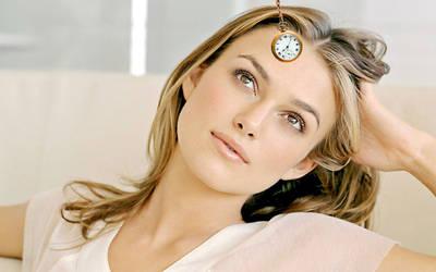 Keira Knightley Hypnotized by the Watch by sleepyhypno