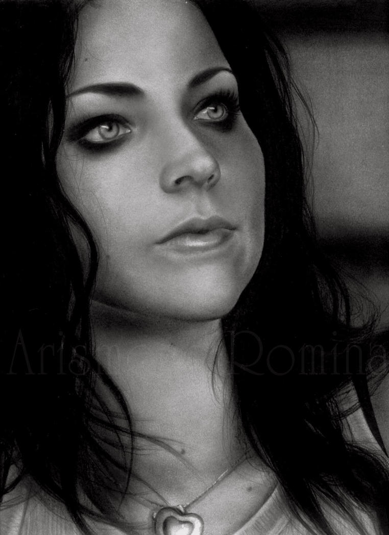 Amy Lee by RoArtAr