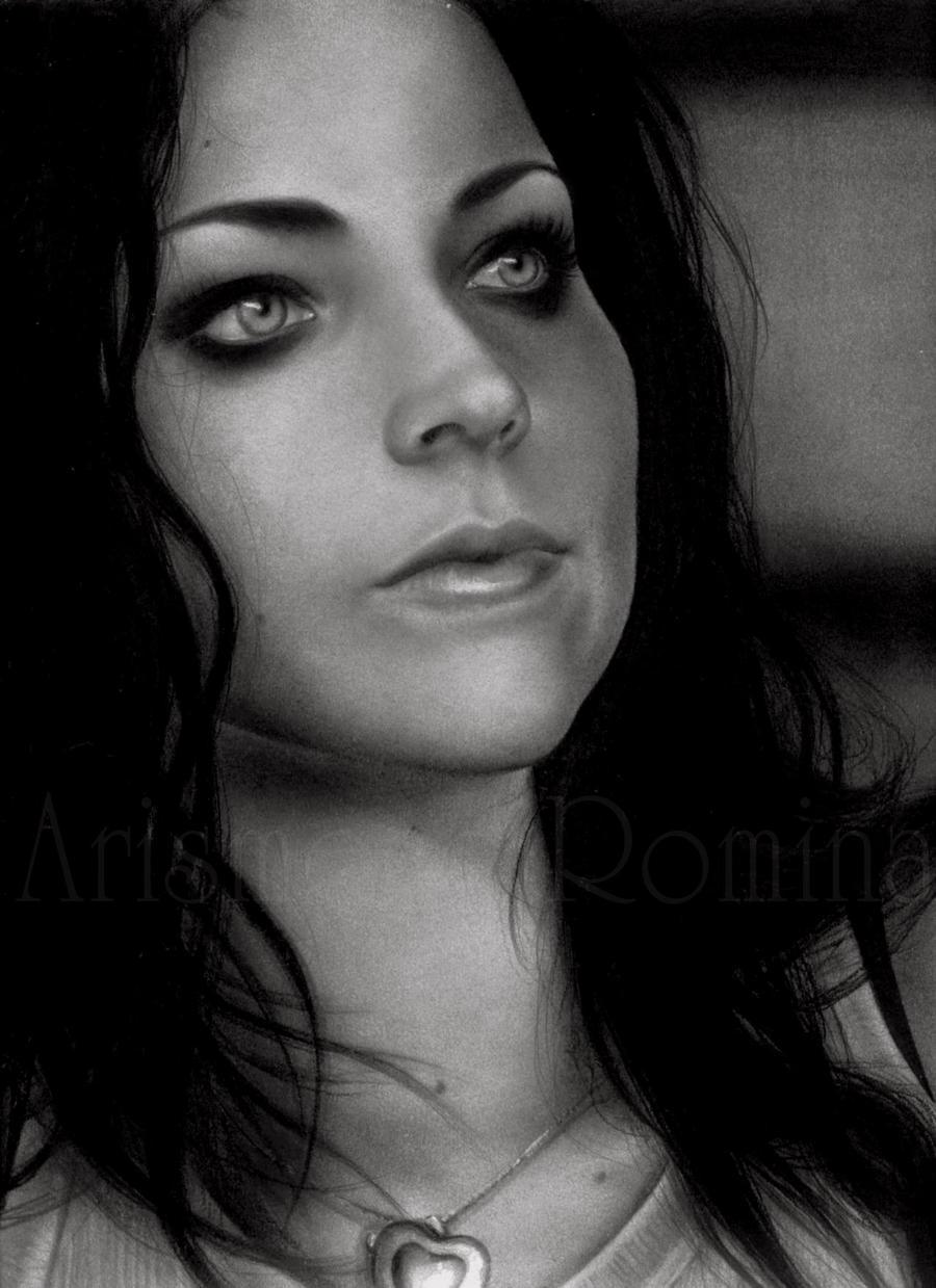 Amy Lee by RoArtAr