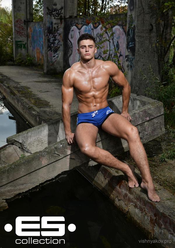 want become your Cum hot men can meet dive bar