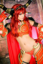 Ready to play Warcraft by SpcatsTasha