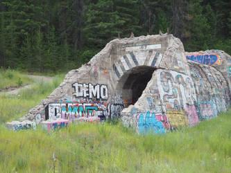 1913 graffiti tunnel