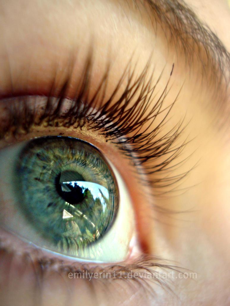 my eye balllllll by emilyerin11