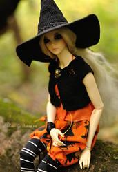 Forest Witch by Llama-ru
