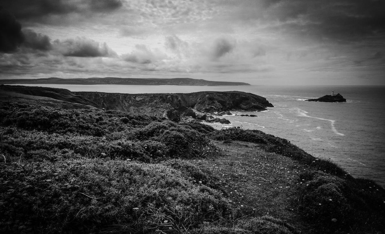 Godrevy Lighthouse by hellfire321