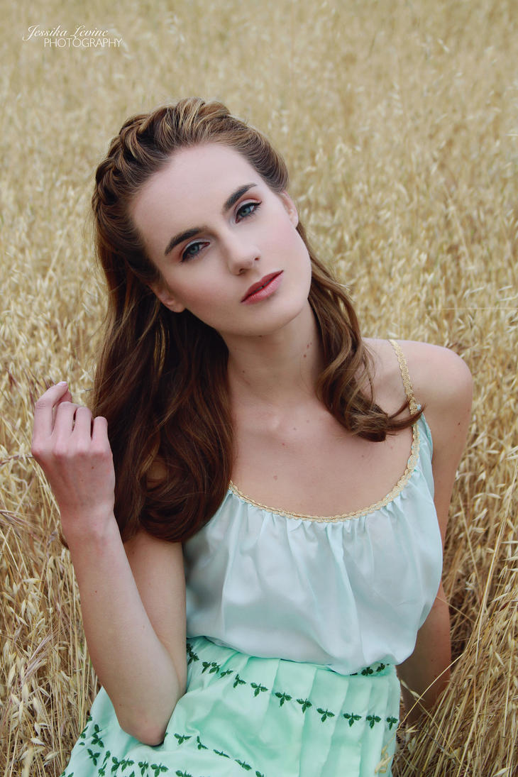 Veronica Scott Fashion Designer