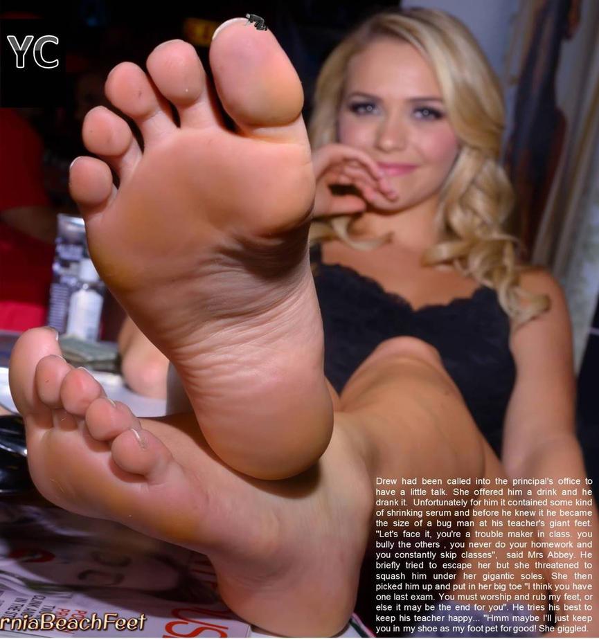 Principal's Foot Pet by yoshicatunga