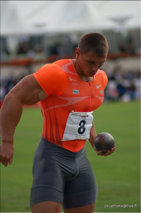Track athlete 55 by stonepiler on deviantart - Stonepiler bodybuilder ...
