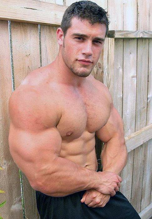 Guys hot muscle Huge American