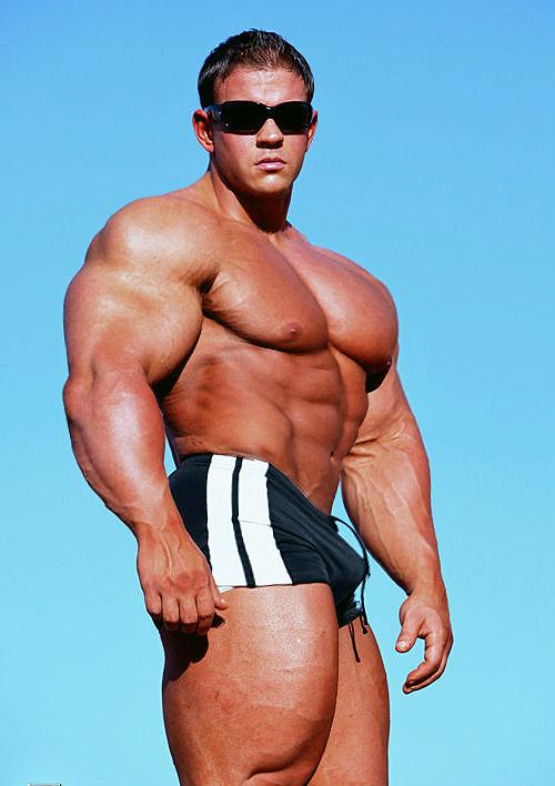 Bodybuilder 202 by Stonepiler