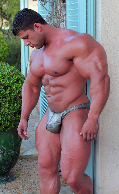 Bodybuilder 289 by Stonepiler