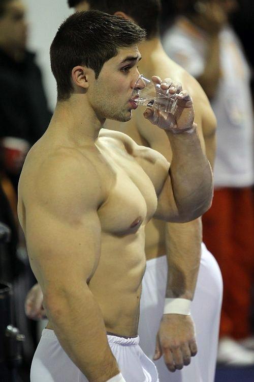 Gymnastic Body 98