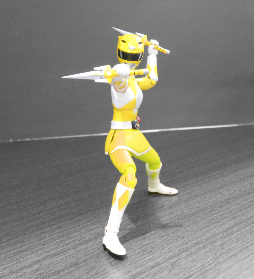 Yellow Ranger with skirt by hk-1440