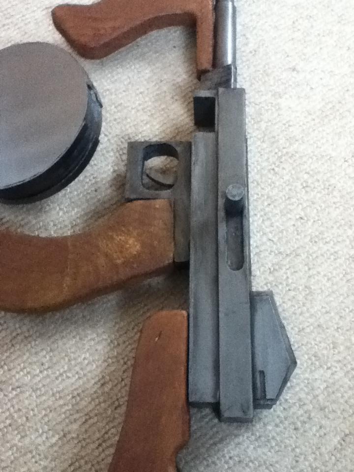 bioshock Tommy gun by sam1337