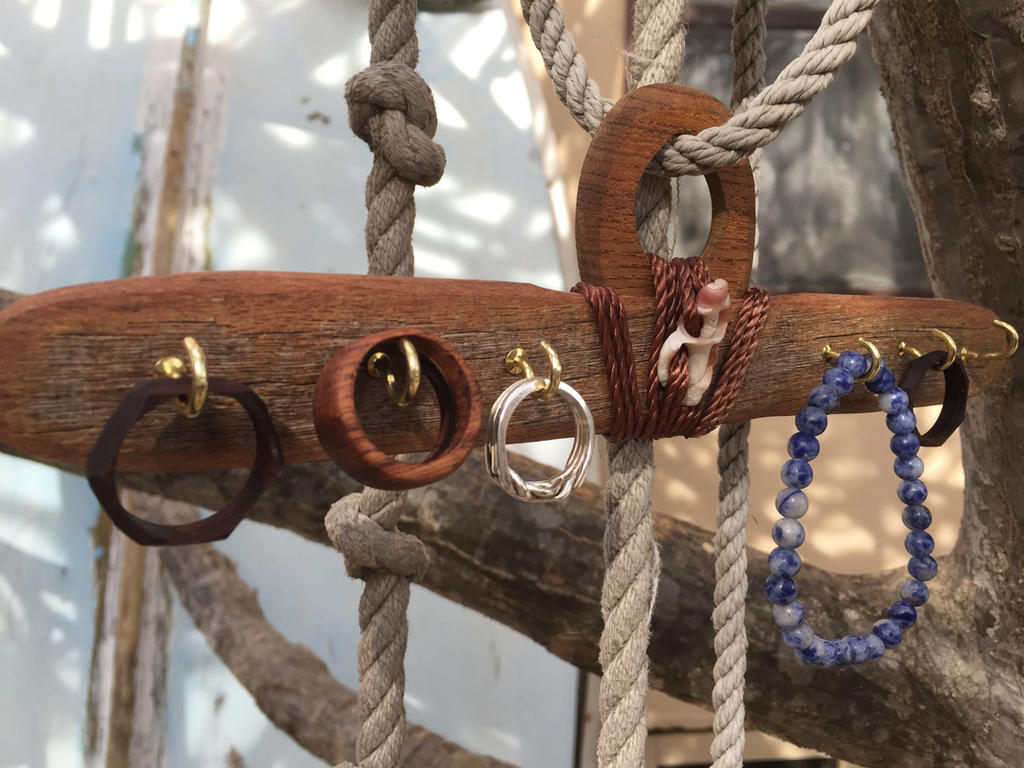 Wooden Jewelry Hanger by Pawkeet
