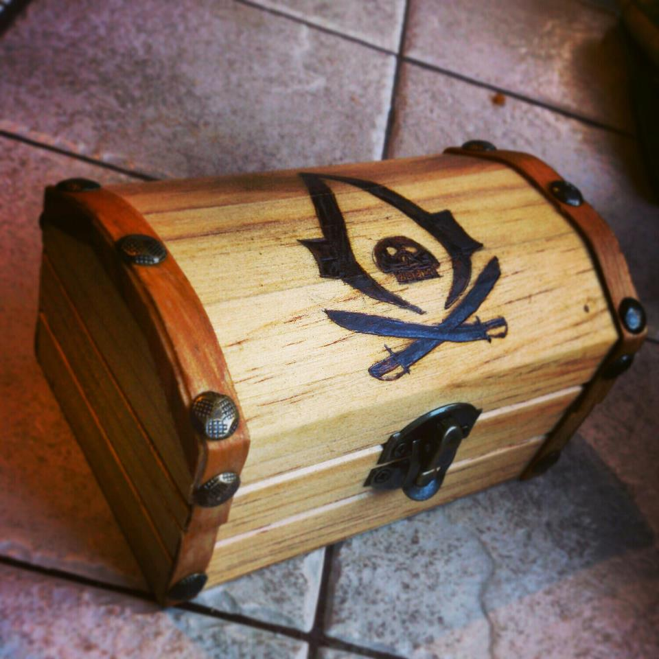 Woodburned Assassin's creed treasure chest by chui92