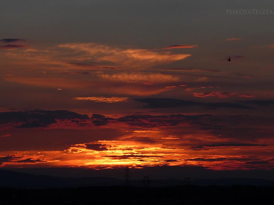 june sunset 2 by PiskotaTeszta