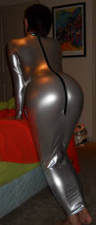 Shiny Curves by hngr2013