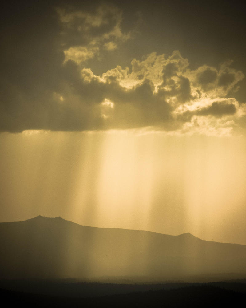 Crepuscular Rays From Eleven Mile Overlook by AFL