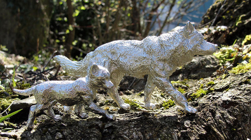 Pewter Alpha Bitch with Pup by Psydrache