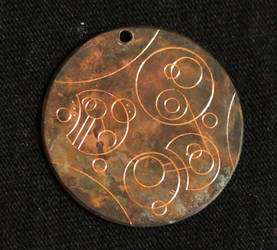 Gallifreyan Pendant close up
