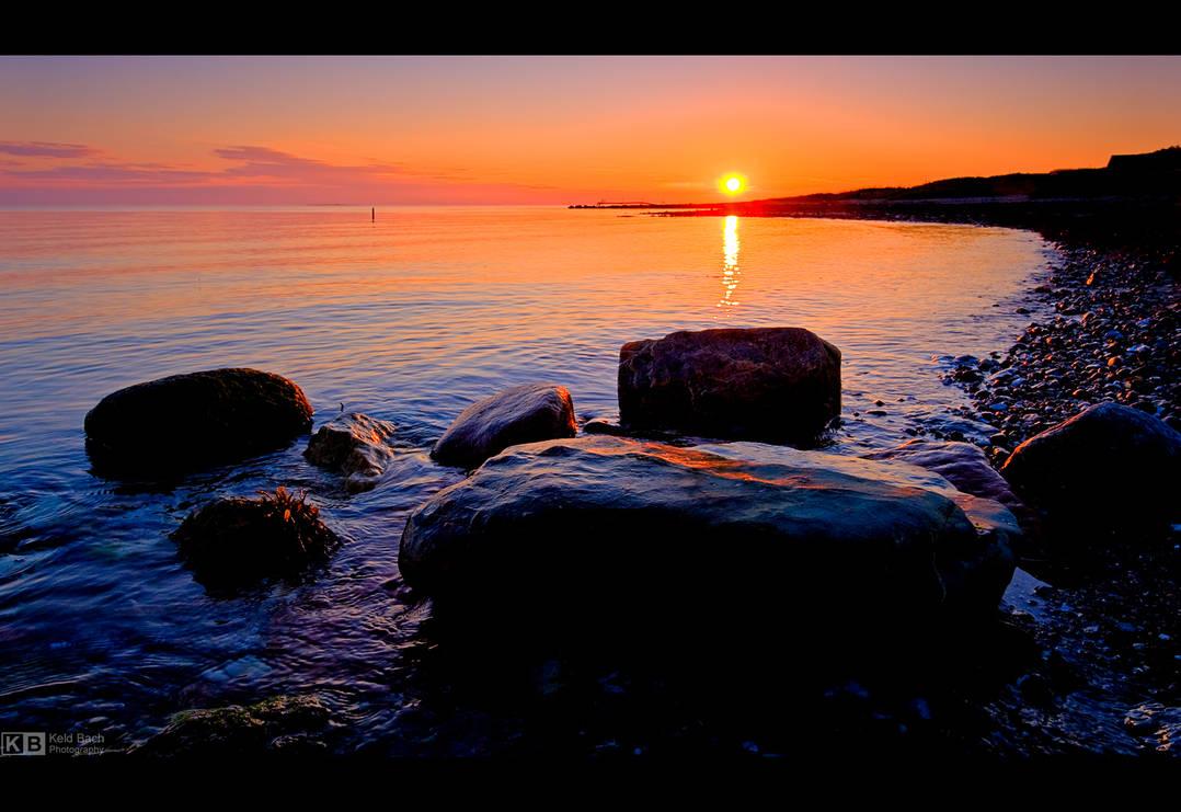 Rocky Sunset by KeldBach