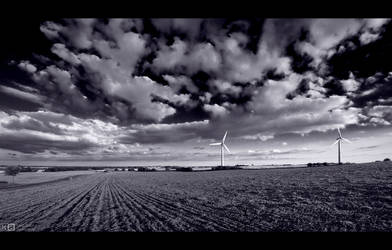 Twin Turbines in B/W by KeldBach