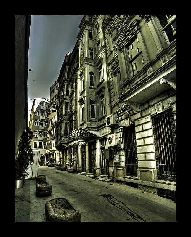 Taksim VIII by mutos