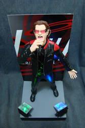 Bono Vox 1/6 statue - pic 4