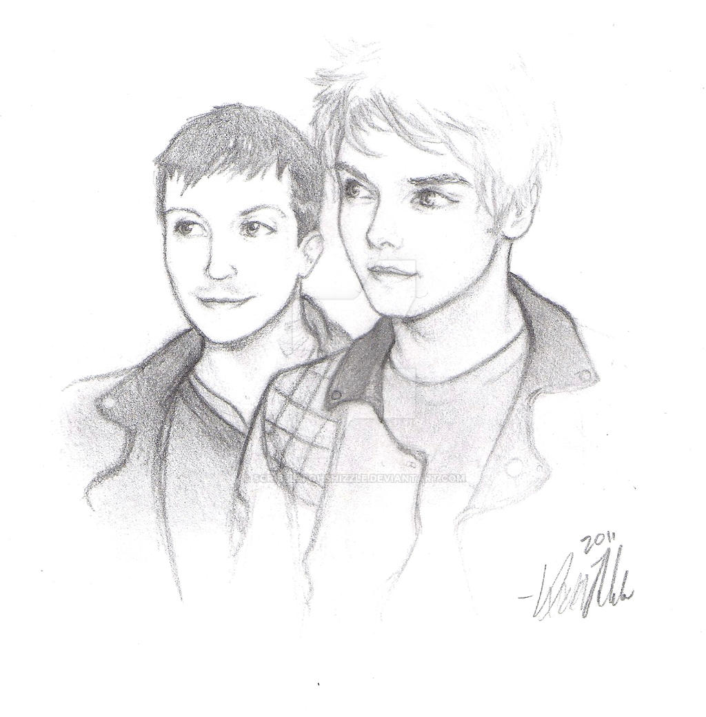 Frank Iero and Gerard Way by SCRiBBLeFoHSHiZZLe on DeviantArt