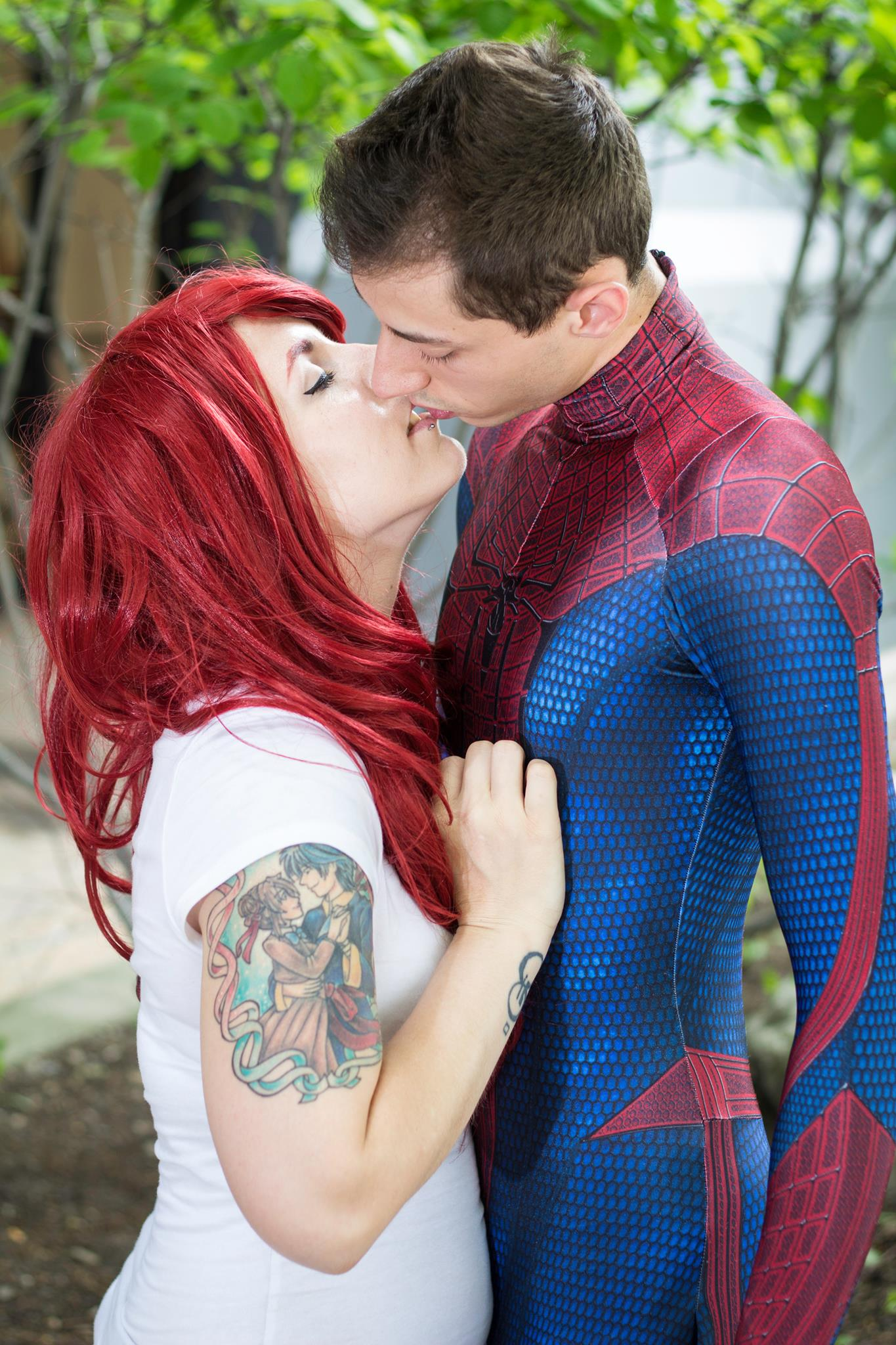 Spiderman And Mary Jane Kiss By Nikkimomo On Deviantart