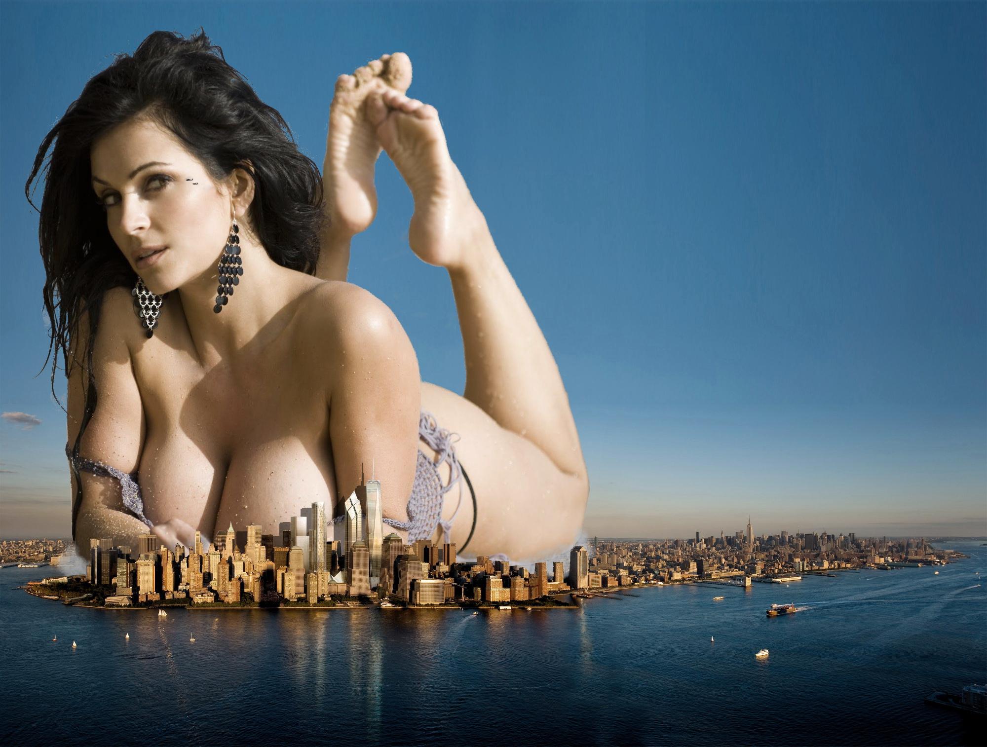 Giantess pics nude streaming