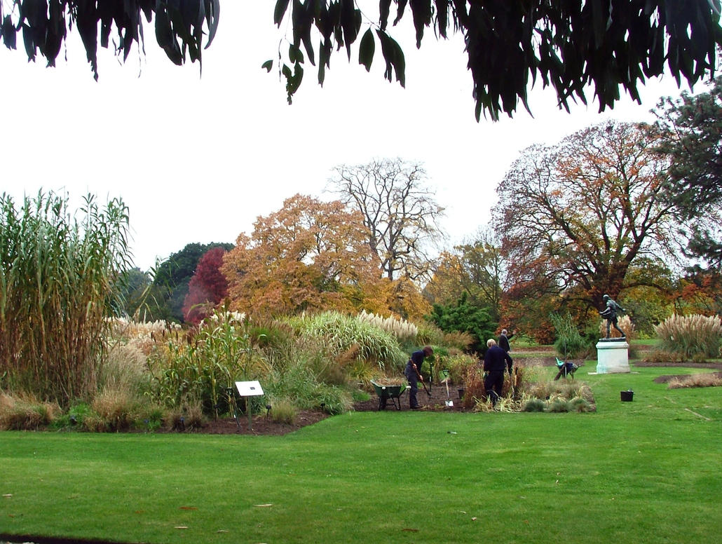 Kew Gardeners And The Sower by aegiandyad
