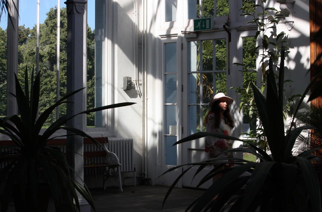 Les porches du jardin a kew by aegiandyad on deviantart for Art du jardin zbinden sa